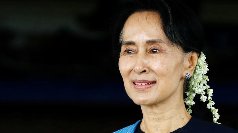 Verfolgung der Rohingya: Aung San Suu Kyi hat als Oppositionelle jahrzehntelang friedlich gegen die Militärdiktatur in Myanmar gekämpft.