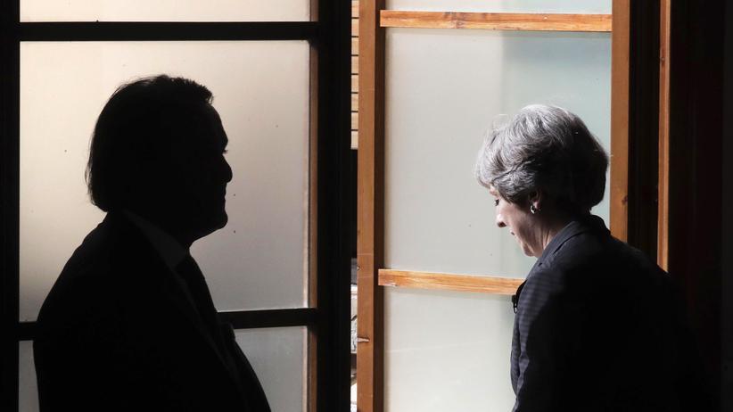 Moody's stuft Bonität Grossbritanniens wenige Stunden nach May-Rede ab