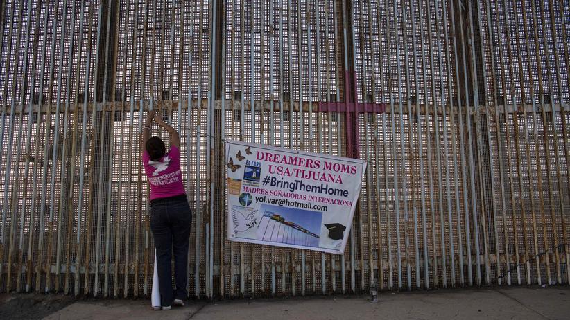 """Daca-Programm: Über 800.000 illegal eingereiste Kinder durften unter Obamas Daca-Programm in den USA bleiben und arbeiten. Den sogenannten """"Dreamers"""" bleibt nun eine Frist von sechs Monaten, danach könnten sie abgeschoben werden."""