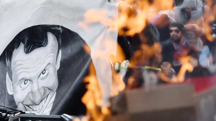 Frankreich: In Rennes protestieren Demonstranten gegen die Reformpläne von Präsident Emmanuel Macron.