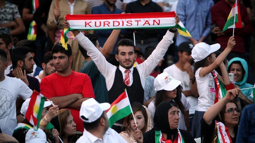 Irak: Eine Woche vor dem geplanten Referendum zeigen Kurden in der nordirakischen Stadt Erbil ihre Unterstützung für ein unabhängiges Kurdistan.