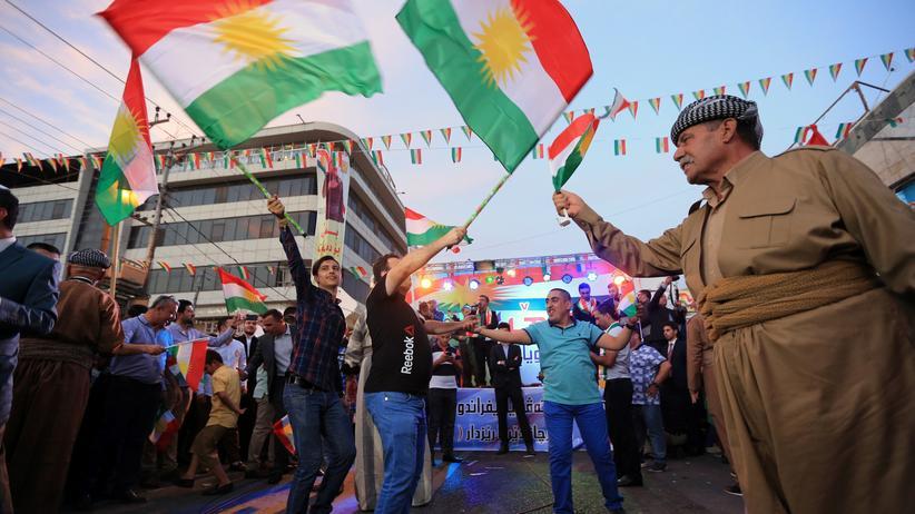 Unabhängigkeitsreferendum: Kurden feiern das Referendum über ihre Unabhängigkeit in Dohuk, Nordirak.
