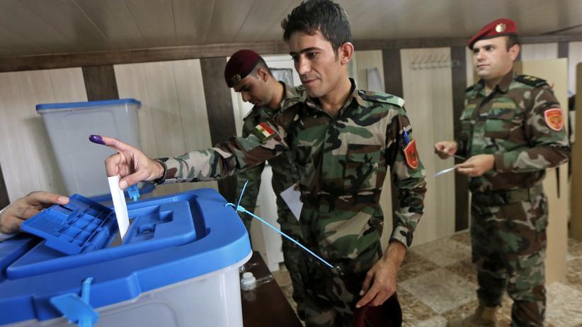 Nordirak: Kurdische Peschmerga-Kämpfer beim Unabhängigkeitsreferendum in Erbil (25.09.2017).