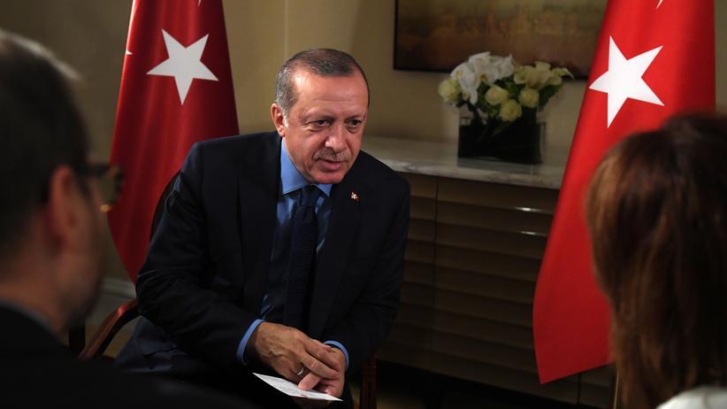 Kurden: Der türkische Präsident Recep Tayyip Erdoğan bei einem Interview am Rande der UN-Vollversammlung in New York, USA