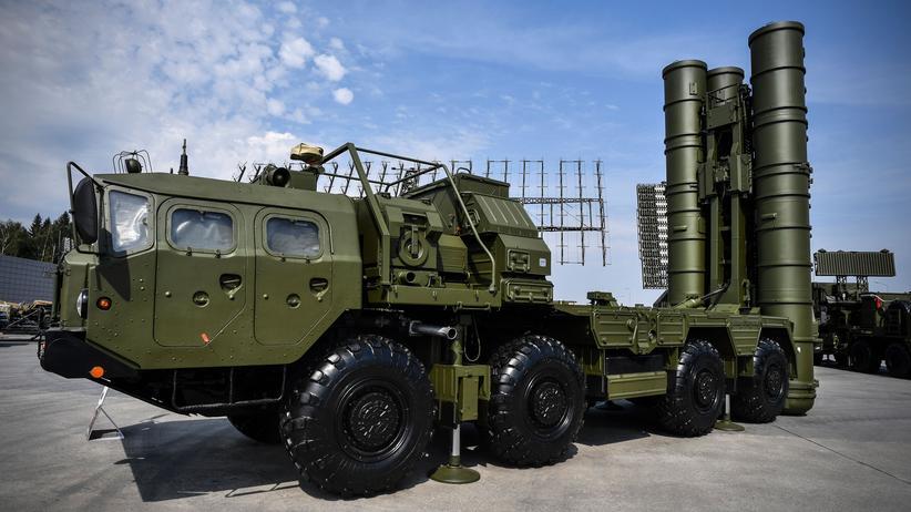 Waffendeal: Ein russisches S-400-Raketenabwehrsystem