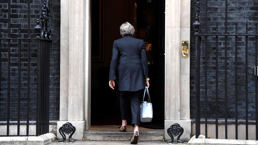 Brexit: Großbritanniens Premierministerin Theresa May, hier am Regierungssitz 10 Downing Street in London, will ihr Land notfalls ohne Vertrag aus der EU führen.