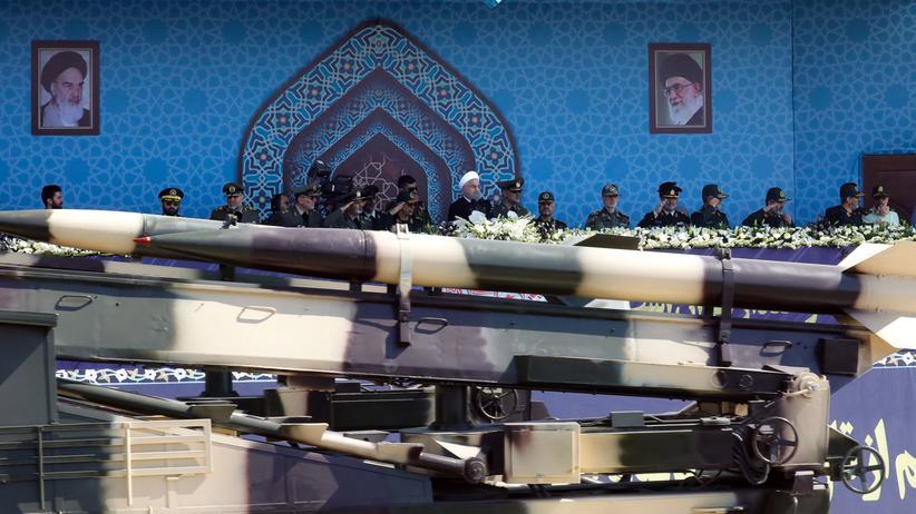 Trump schreibt neue US-Strategie gegen den Iran fest
