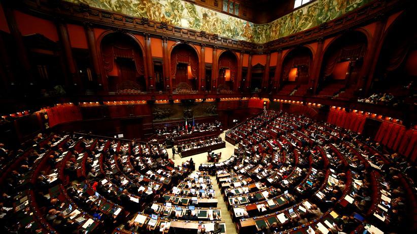 Italien: Das Parlament in Rom stimmte für ein Wahlrecht, das Koalitionen begünstigt.