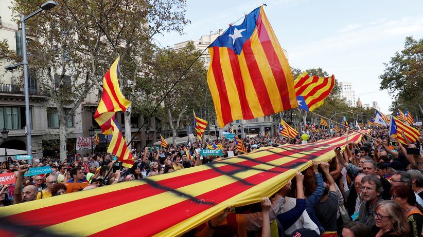 """Spanien: Katalanische Regierung spricht von """"Putsch"""" und """"Totalitarismus"""""""