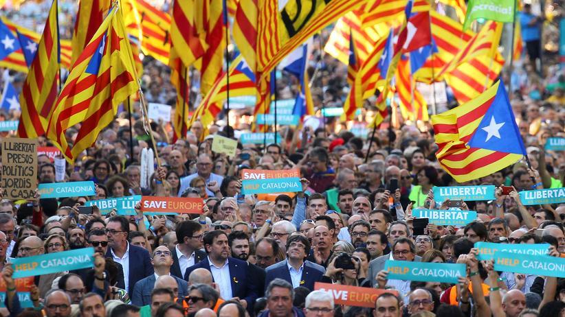 Katalonien Spanien Unabhängigkeit Carles Puigdemont Mariano Rajoy