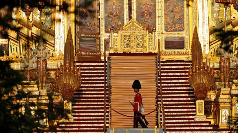 König Bhumibol: Thailand nimmt Abschied vom König