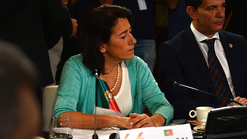Portugal: Innenministerin Constança Urbano de Sousa