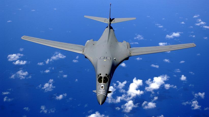 Kim Jong Un: US-Bomber fliegen Manöver vor Nordkoreas Grenze