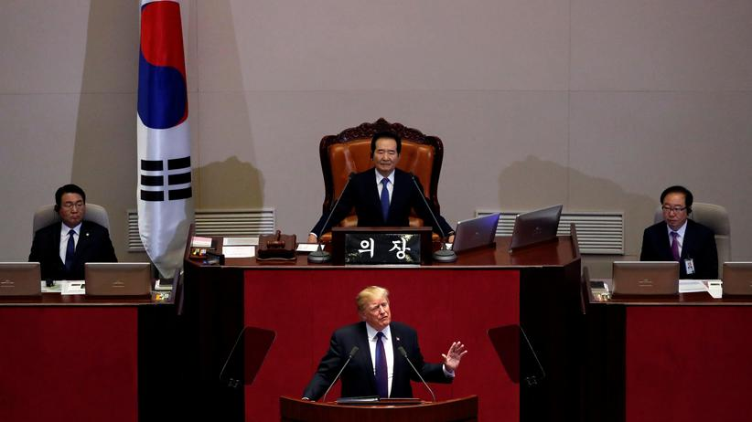 US-Präsident Donald Trump hält eine Rede im südkoreanischen Parlament.