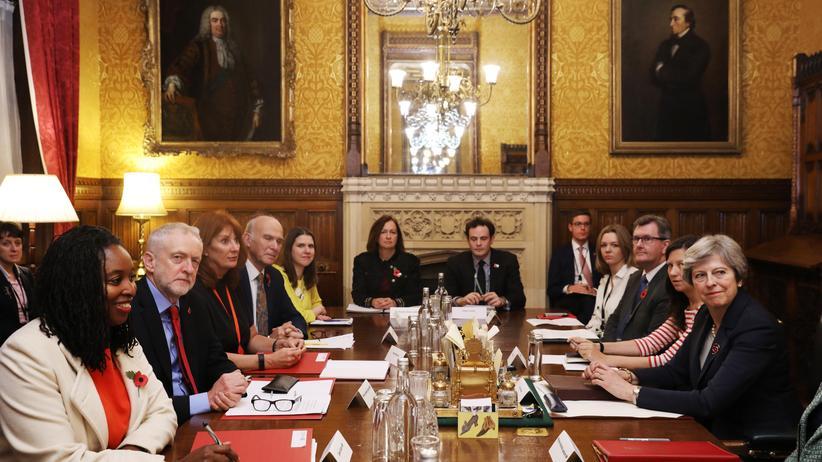Großbritannien: Parteichefs vereinbaren Beschwerdestelle für sexuelle Übergriffe