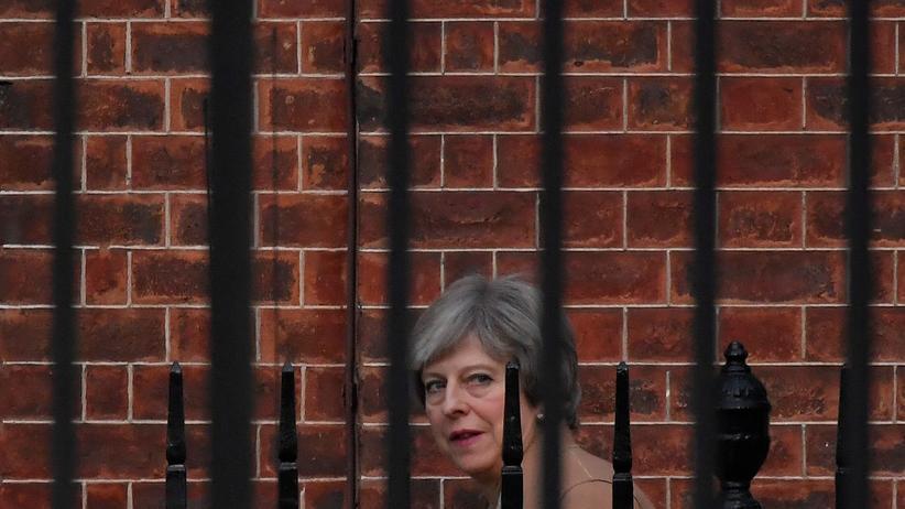 Theresa May: 40 Tory-Abgeordnete fordern Mays Rücktritt