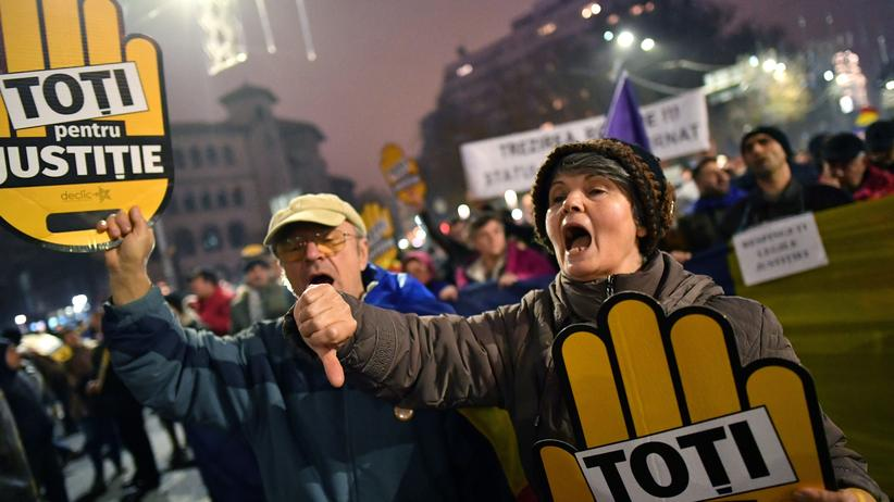 Rumänien: Tausende Menschen protestieren gegen Justizreform