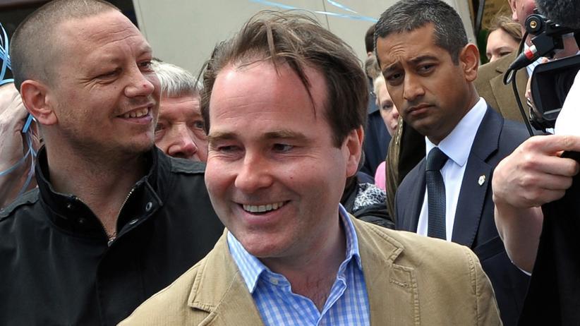 Sexuelle Belästigung: Britischer Abgeordneter wirft Parteikollegen Belästigung vor