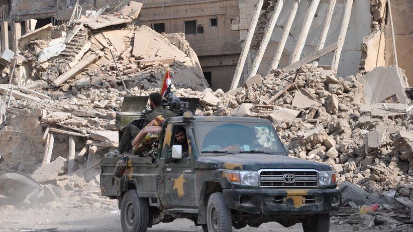 Zerstörungen in der syrischen Stadt Deir al-Sor