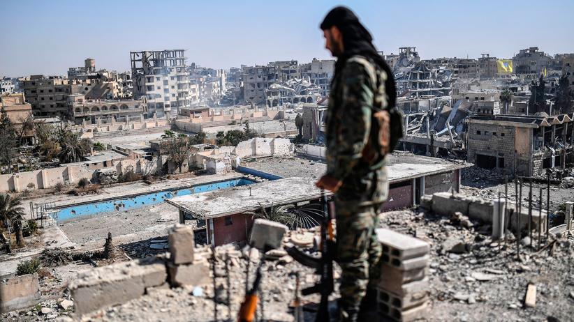 """""""Islamischer Staat"""": Emirate warnen vor geflohenen IS-Kämpfern"""