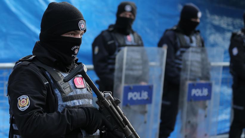 Türkei: Ein türkischer Polizist in Istanbul