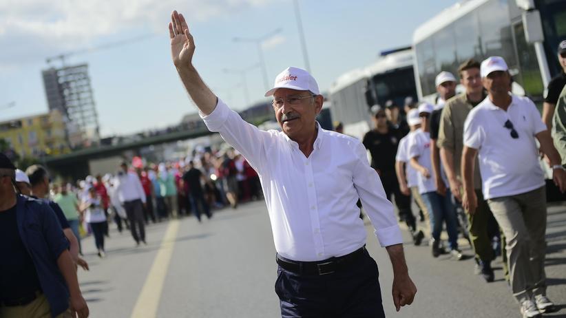 Türkei: Regierung bezeichnet Oppositionschef als Sicherheitsproblem