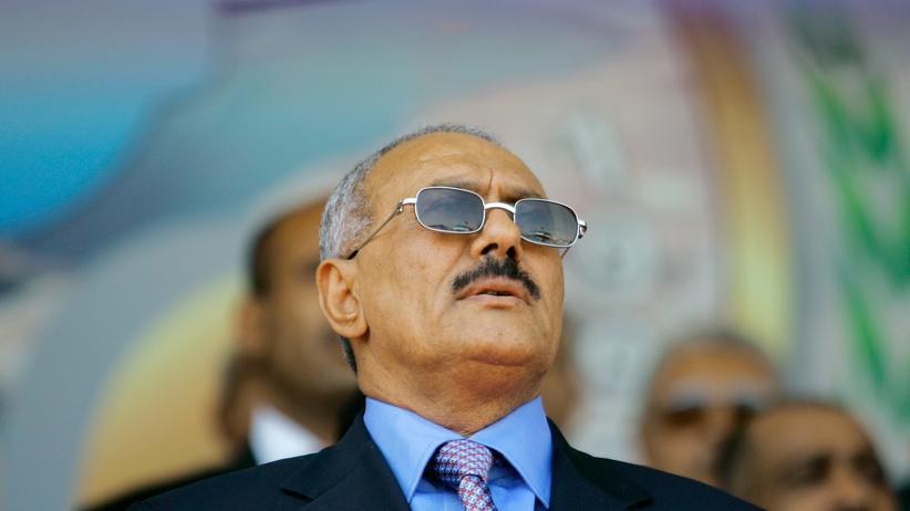 Jemen:  Ali Abdullah Salih bei Feierlichkeiten in der Stadt Taiz, im Mai 2010.