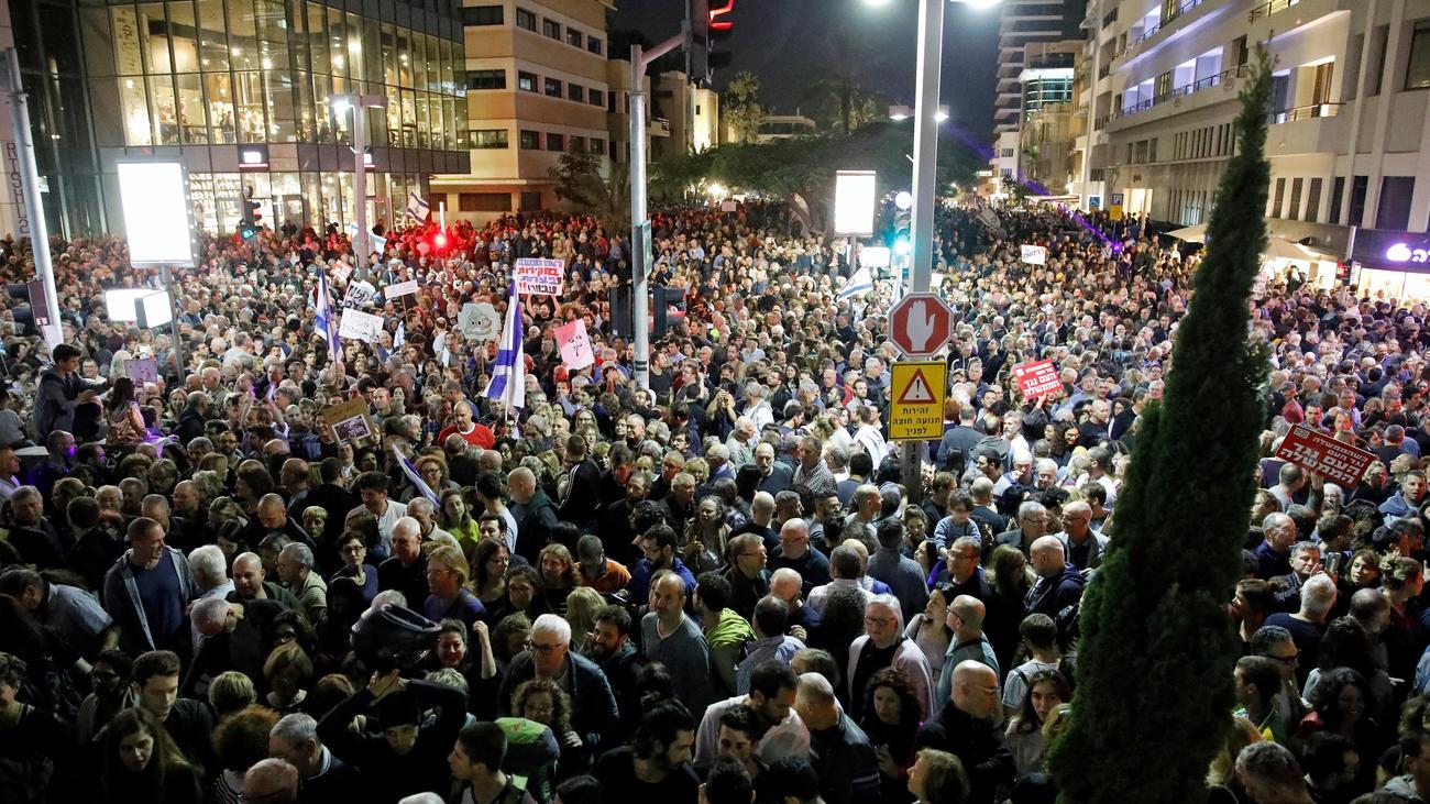 Korruptionsverdacht Zehntausende Israelis Demonstrieren