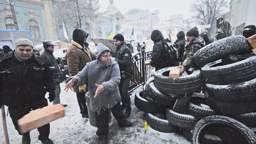 Ukraine: Ausschreitungen zwischen Polizei und Saakaschwili-Anhängern