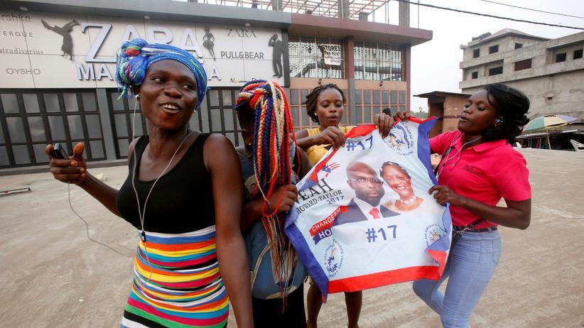 George Weah: Ex-Fußballprofi Weah wird neuer Präsident von Liberia