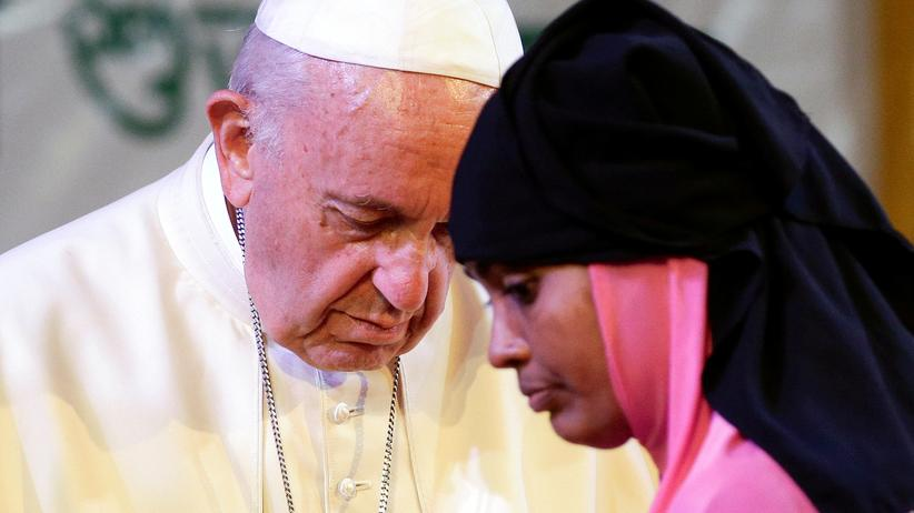 """Papst Franziskus: """"Heute heißt die Gegenwart Gottes auch Rohingya"""""""