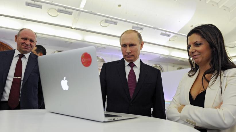 russland-putin-medien-zensur-praesidentschaftswahl-soldatow-aufmacher2