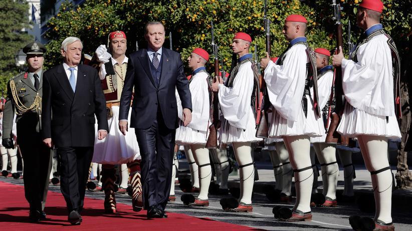 Recep Tayyip Erdoğan: Wie man seinen Nachbarn erschreckt