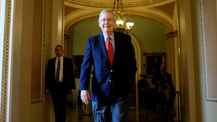 USA: Der republikanische Mehrheitsführer Mitch McConnell hat Grund zur Freude.