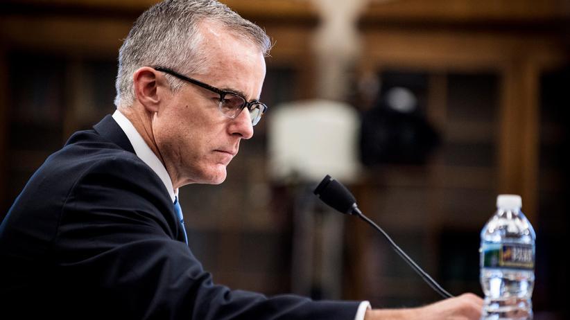 Vizechef der US-Bundespolizei FBI tritt zurück