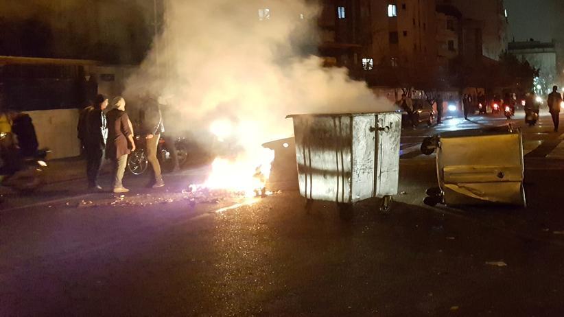 Proteste: Viele Tote bei Demonstrationen im Iran