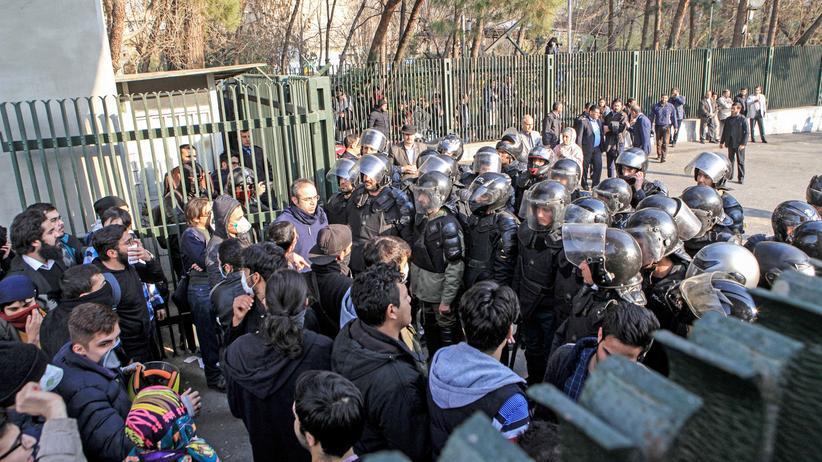Iran: Mindestens zehn Tote bei Protesten