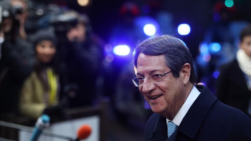 Zypern neuer Präsident wird in Stichwahl ermittelt