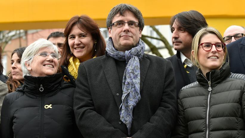 Katalonien-Konflikt: Spanien kündigt Klage gegen mögliche Wahl Puigdemonts an