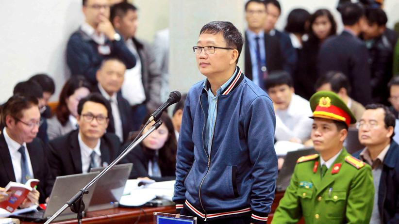 Trinh Xuan Thanh: Der Vietnamese Trinh Xuan Thanh steht in Hanoi vor Gericht.