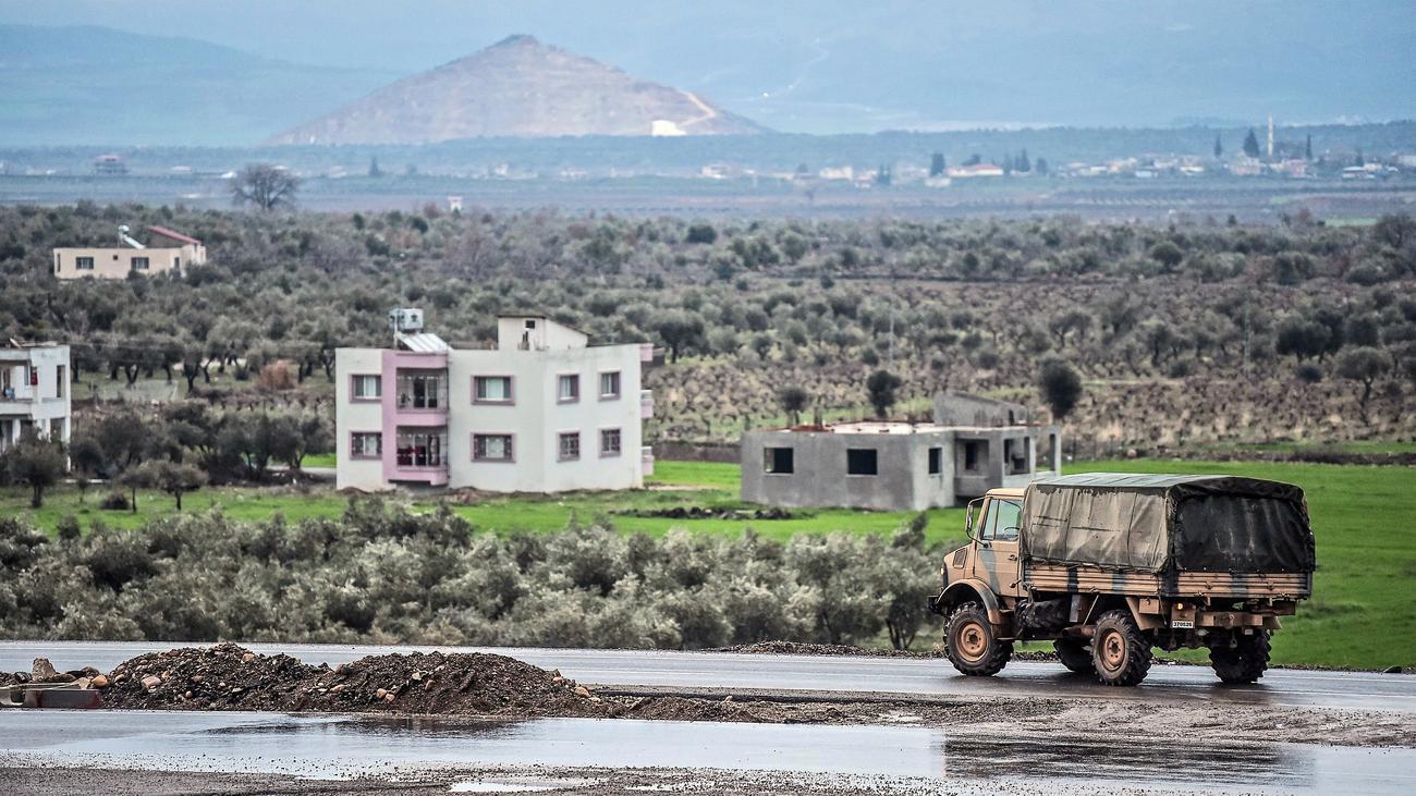 Türkei-Militäreinsatz: Kurden bitten Assad um Hilfe