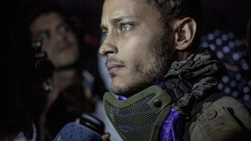 """Nicolás Maduro: Venezuelas Militär attackiert """"Staatsfeind Nummer 1"""""""
