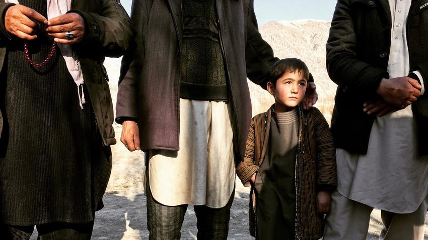 Afghanistan: Sie sind geflüchtet vor den Taliban, die sich Dorf um Dorf zurückholen.