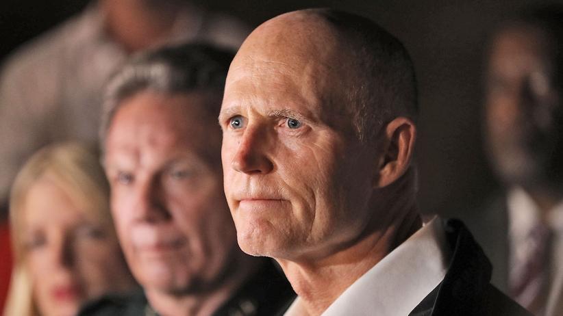 Florida: Gouverneur will Polizisten an allen Schulen