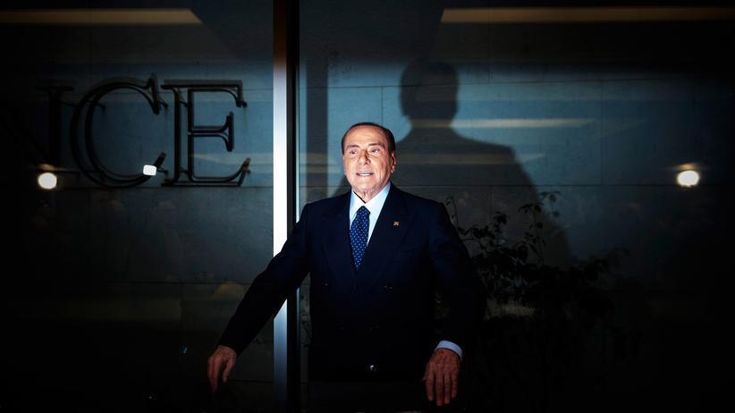 Silvio Berlusconi: Er ist wieder da: Silvio Berlusconi am 22. Februar 2018 in Rom
