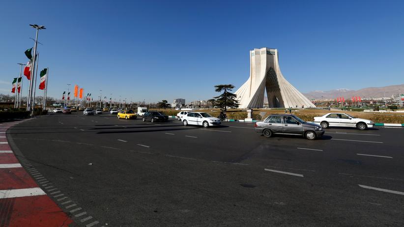 Teheran: Frauen wegen Verstoß gegen Kopftuchpflicht festgenommen