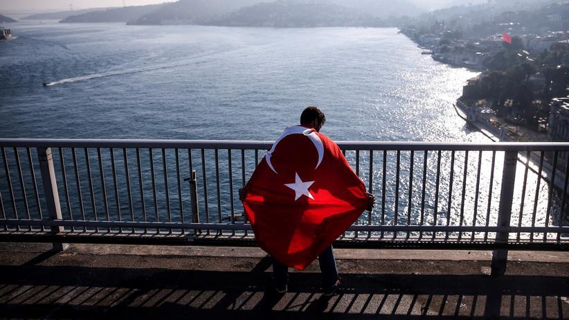 Türkei: Mutmaßlicher Putschanführer soll Asyl in Deutschland erhalten haben