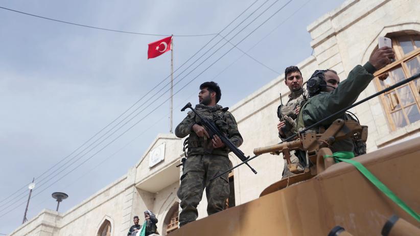 Afrin: Syriens Regierung fordert Rückzug türkischer Truppen