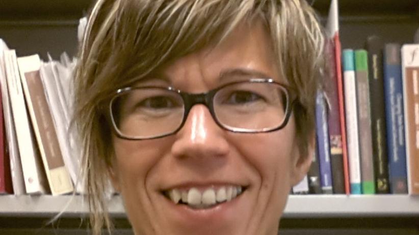 Geschlechtergerechtigkeit: Alessia Donà ist außerordentliche Professorin für Politikwissenschaften am Soziologischen Institut der Universität Trento. Sie verantwortet derzeit den Kurs 'Professione Politica!', der Frauen und Männer zur Teilhabe an Wahlkampagnen ausbildet.