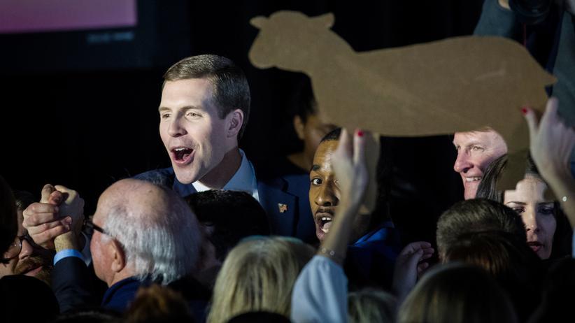 USA: Demokrat Lamb bei Nachwahl knapp vorn